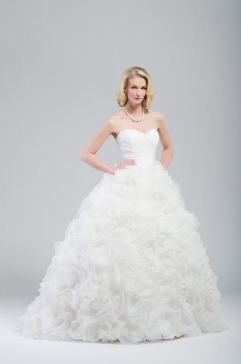 Bridal Fashion Modernweddingblog