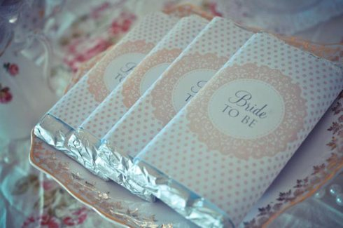 'Bride To Be' Chocolate - Pretty Little Vintage Bridal Shower