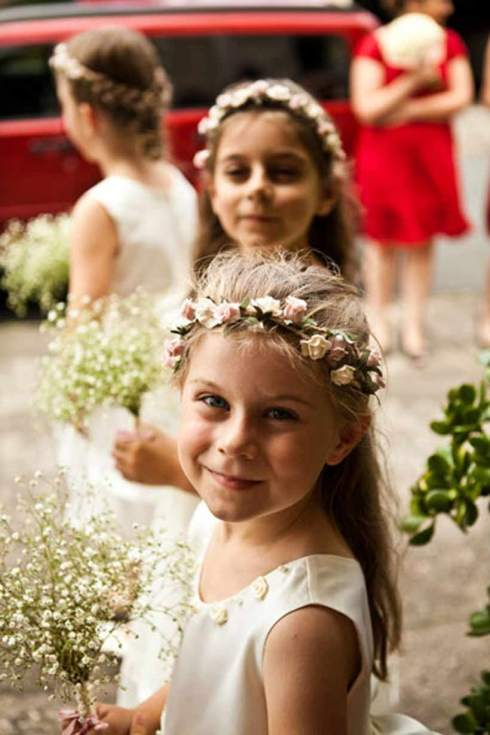 Flower Girls holding baby's breath